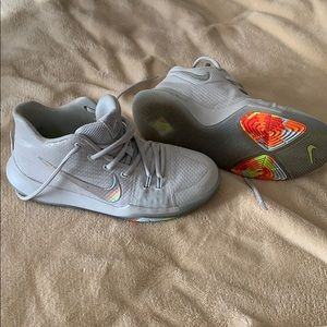 Nike Kyrie Irving shoes used 3 times